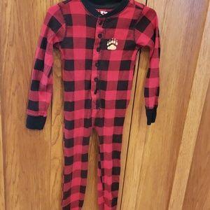 67d47bb1f7e164 Kids Black Bear Pajamas on Poshmark